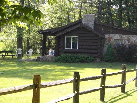 Leber's Log Cabins Photo