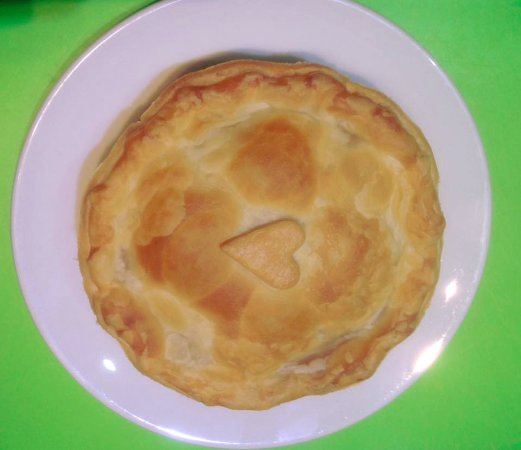 Lancefield, Australien: Our new Tuscan Grilled Vegetable vegan pie!