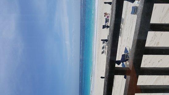 Elbow Beach, Bermuda: 20170407_121535_large.jpg