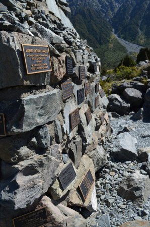 Aoraki Mount Cook National Park (Te Wahipounamu), New Zealand: Plaques