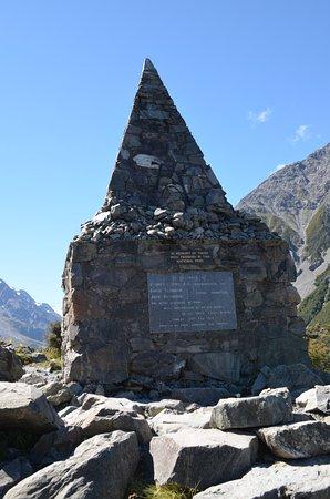 Aoraki Mount Cook National Park (Te Wahipounamu), New Zealand: Memorial2