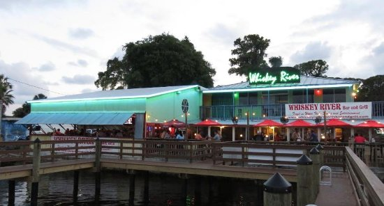 Whiskey River Sports Bar & Grill: Join us dockside... come by car or boat!!!