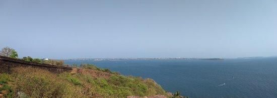 Sinquerim, Indie: IMG_20170423_154452622_large.jpg