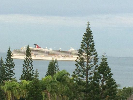 Chateau Royal Beach Resort and Spa : Morning view