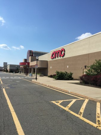 AMC Brick Plaza 10