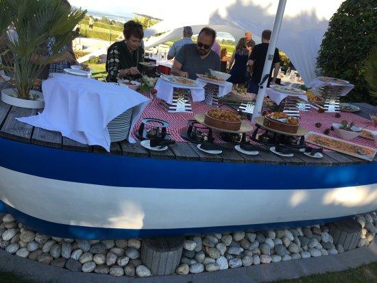 Chavannes-de-Bogis, Sveits: Grand merci aux cuisiniers et aux serveuses !