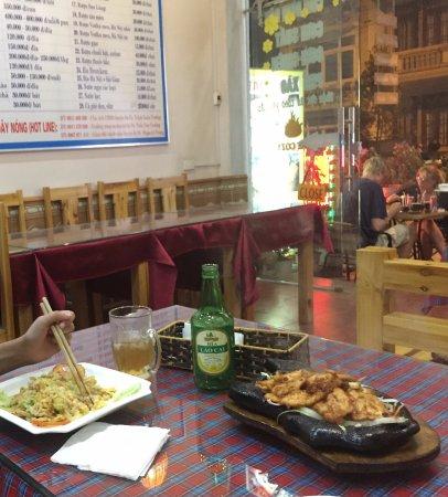 Sapa 24 Restaurant: SAPA24 餐點