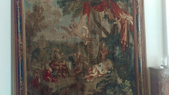 Musee de Beaux-Arts : Tapestry