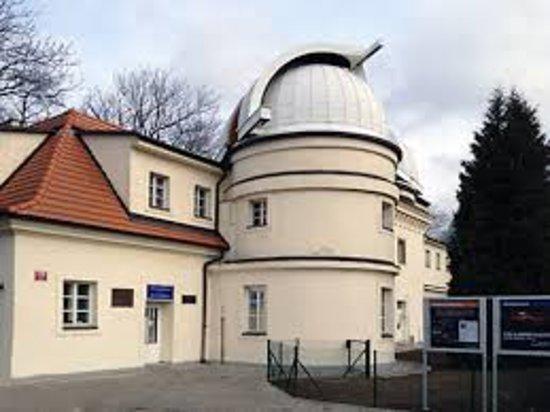Štefánikova hvězdárna: images (7)_large.jpg