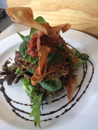 Helensvale, Australia: Sweet potato and portobello mushroom stack with salad with a balsamic reduction and kumera crisp