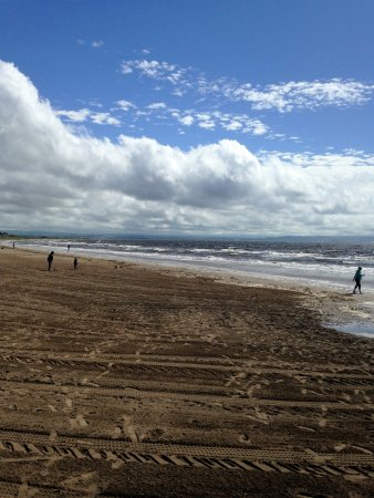 The Marine Hotel: Troon beach