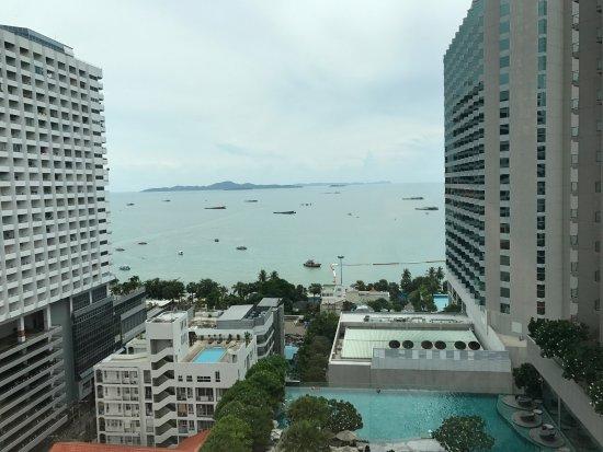 Mercure Pattaya Hotel Photo