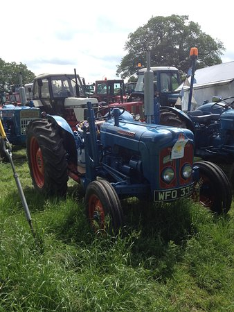 Stainton le Vale, UK: For fans of The Archers - a Fordson!!!