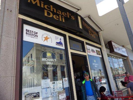 Brookline, MA: Storefront