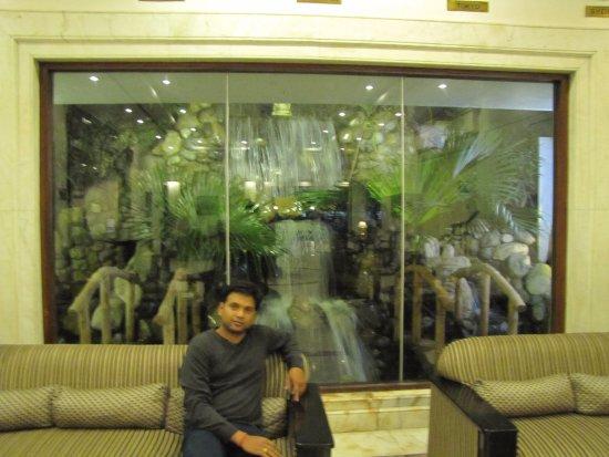 Grand Hotel Kathmandu: Lobby