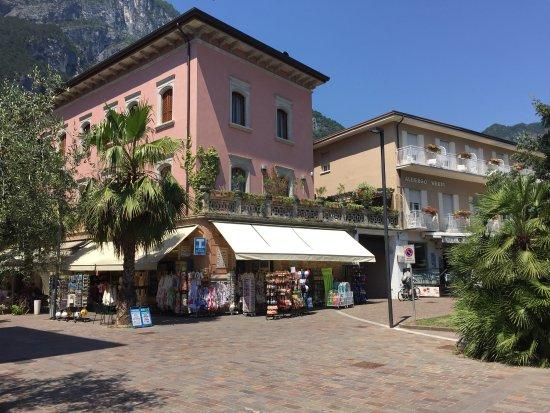 Hotel giardino verdi riva del garda italie voir les tarifs et avis h tel tripadvisor - Hotel giardino riva del garda ...