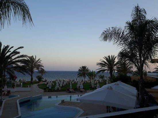 Constantinou Bros Athena Royal Beach Hotel: Side sea view