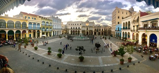 Plaza Vieja : photo2.jpg