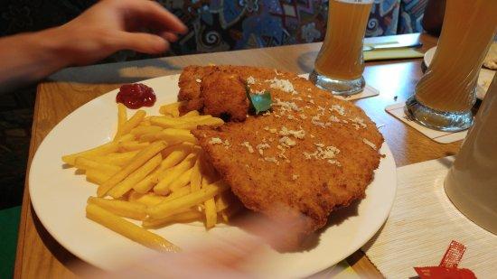 Fichtelberg, Tyskland: Schnitzel Haus