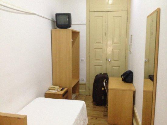 Pensão Residencial Internacional : Room 104