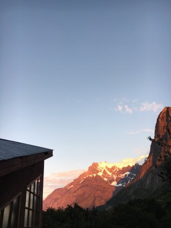 Refugio, Camping and Cabins Los Cuernos: Stay at Refugio Los Cuernos March 2017