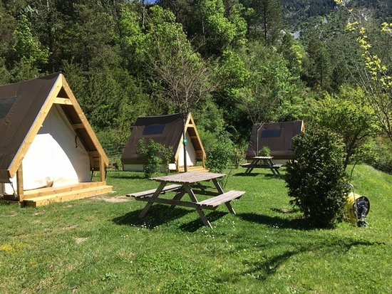 """Résultat de recherche d'images pour """"camping calme et nature"""""""