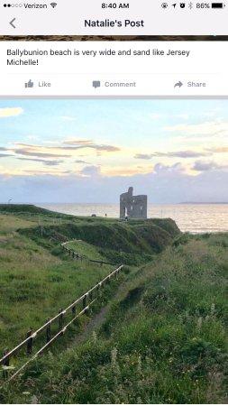 Ballybunion, Irlanda: Pleasant beach walk after dinner