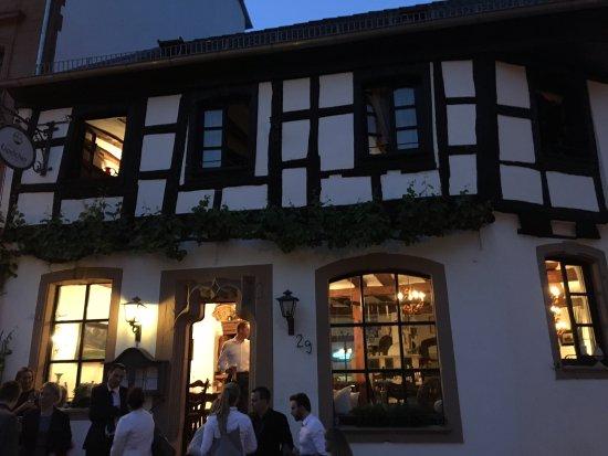 Wachenheim an der Weinstrasse, Germany: Aussenansicht