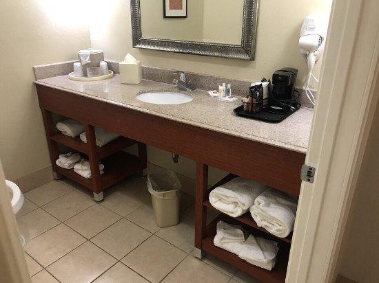 Interior - Comfort Suites Image
