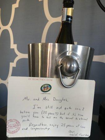 Kimpton Hotel Monaco Philadelphia: Fabulous Gabriel's note that made me smile... the cherry on the top! thank you