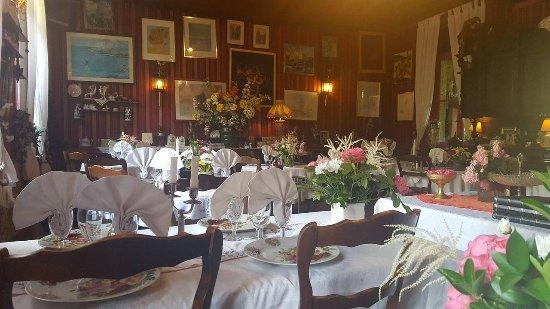Hesdin, France: Salle du restaurant