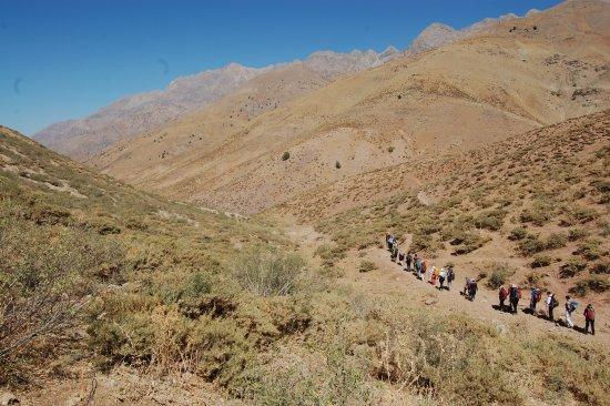 Lorestan Province, إيران: The way to Gahar lake