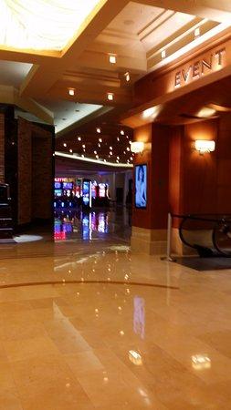 Borgata hotel casino and spa reviews fashion designer in new york 2 game