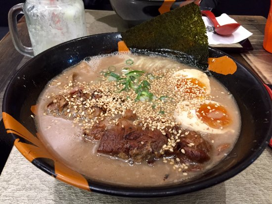 Neutral Bay, Avustralya: Sickeningly thick and heavy ramen soup