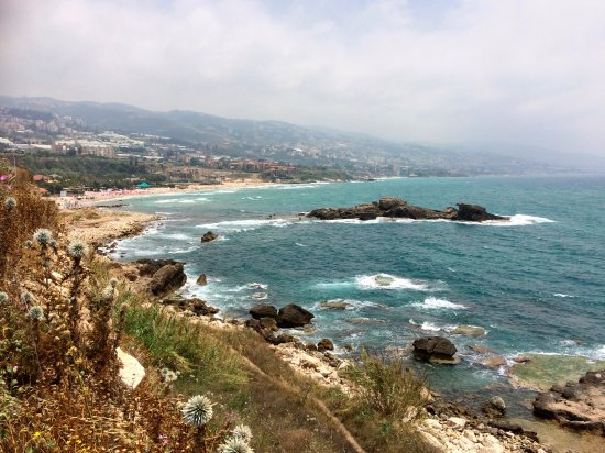 Byblos, Líbano: View out over the beaches