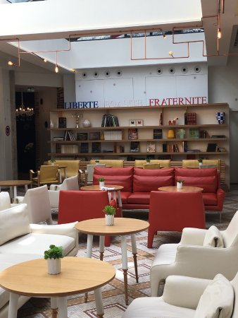 zona desayunos y estar picture of hotel 34b astotel paris tripadvisor. Black Bedroom Furniture Sets. Home Design Ideas