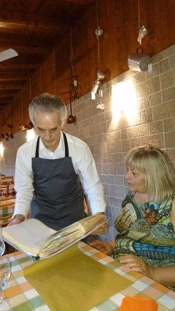 Chiasso, Suiza: libro dei ospiti chi festeggiano commpleanno