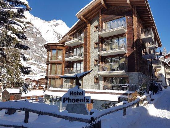 Hotel Phoenix: Fassaden im Winter