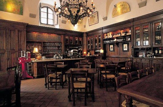 Osteria del Caffè Italiano: La sala principale del Caffè Italiano.