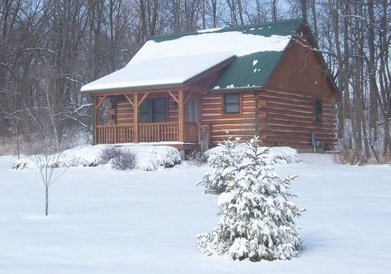 Colfax, IN: Winter at Cabins & Candlelight