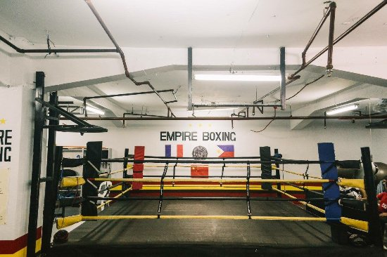 ‪Empire Boxing‬