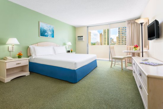 Ambassador Hotel Waikiki Photo