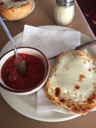 Mequon, WI: Garlic Cheese Bread