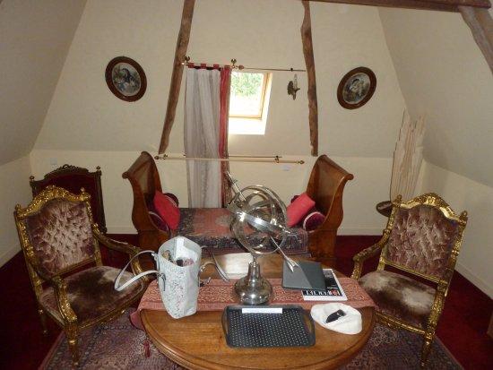 Manoir de la Hazaie: l'espace détente de la chambre