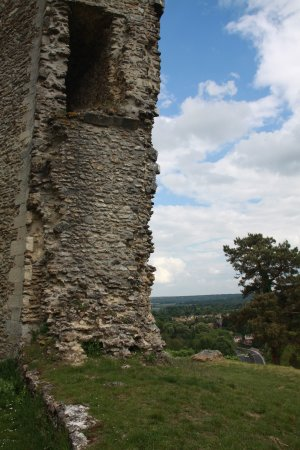 Montfort-l'Amaury, Γαλλία: tower and view