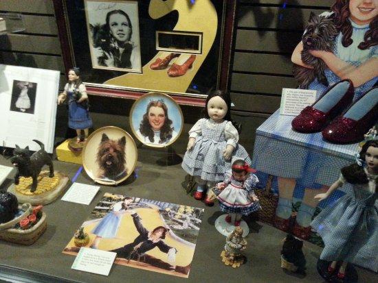Wamego, KS: Dorothy memorabilia and collectibles