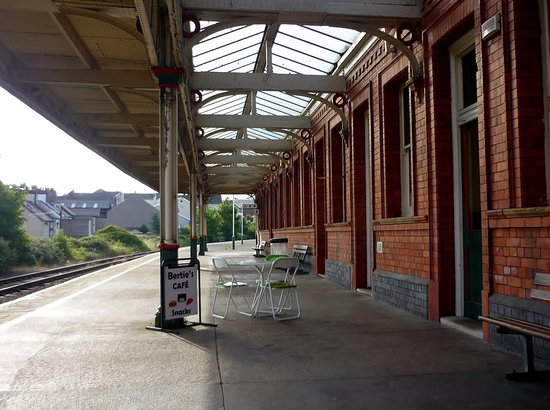 Bertie's Cafe, Llandudno Junction Railway Station