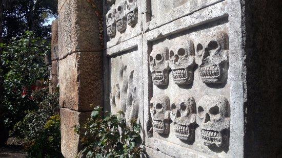 Foto De Portaventura Salou Bas Relief At The Templo Del Fuego Wall