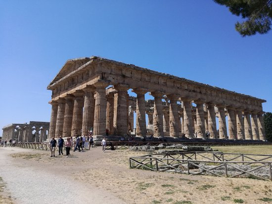 Templi Greci di Paestum: Il tempio più grande