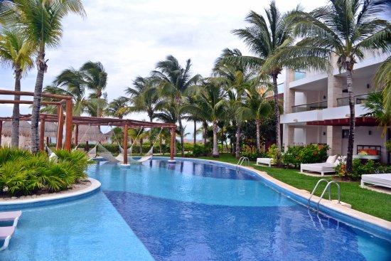 Excellence Playa Mujeres Resmi